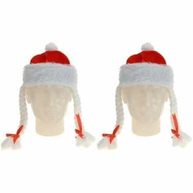 X rode kerstmutsen vlechten